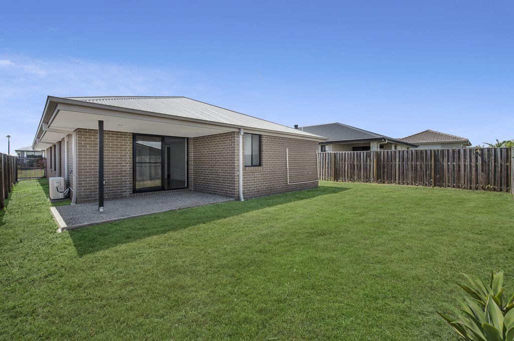 3 Ningaloo Drive, Pimpama QLD 4209, Image 2