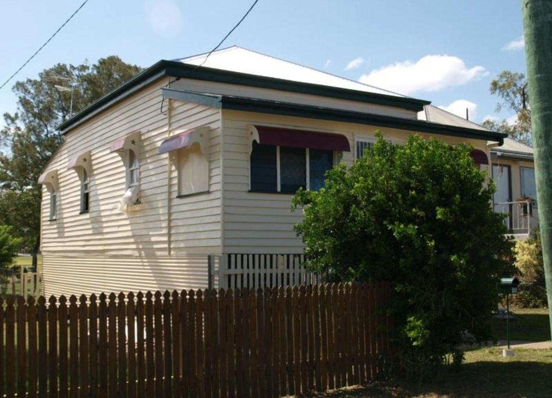 17 Nobbs Street, Berserker QLD 4701, Image 1