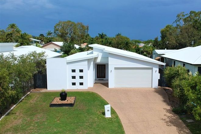 Picture of 369 Garland Road, BUSHLAND BEACH QLD 4818