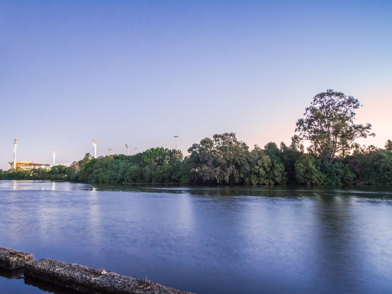3028 The Boulevarde, Benowa QLD 4217, Image 1