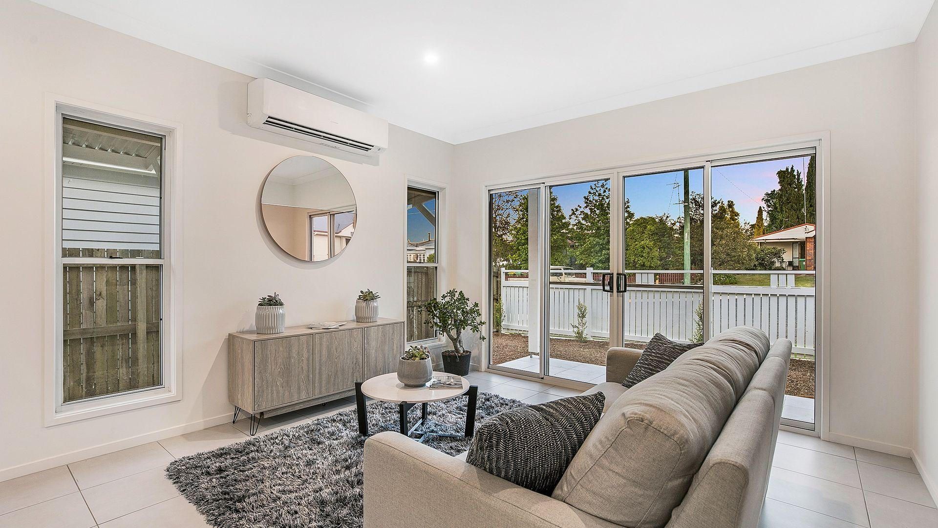 1&2/11 Roberts Street, South Toowoomba QLD 4350, Image 2