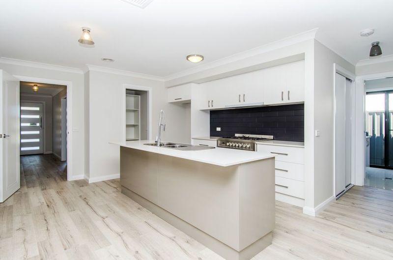 Home 2/Lot 40 Warrock Place, Bourkelands NSW 2650, Image 2