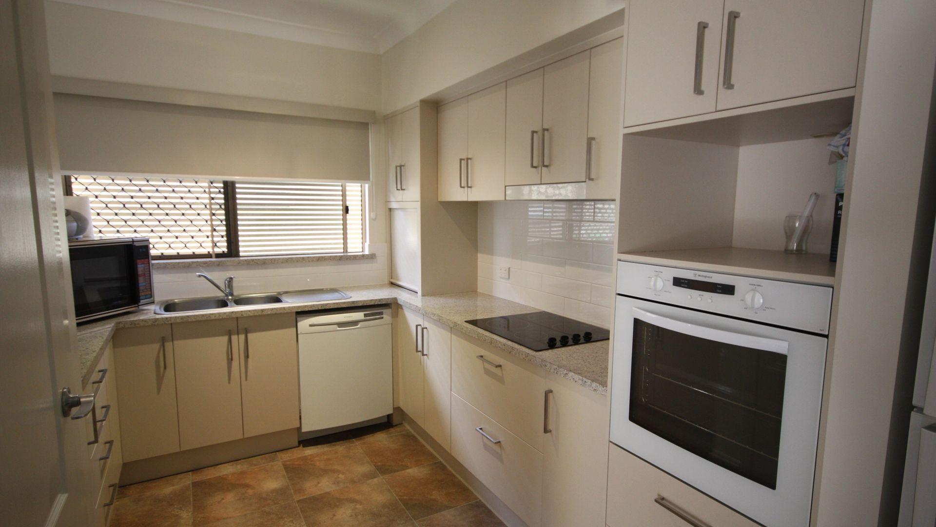 Unit 2/18 Macmillan Street, Ayr QLD 4807, Image 1