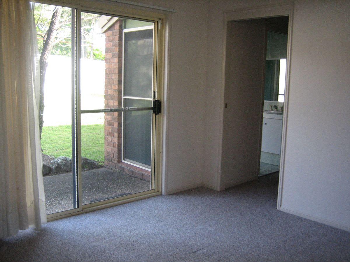 5 Arnold Palmer Drive, Parkwood QLD 4214, Image 2