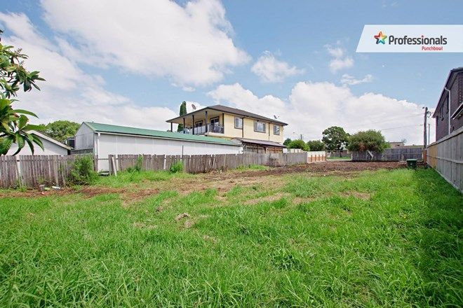 Picture of 255 ROBERTS Road, GREENACRE NSW 2190