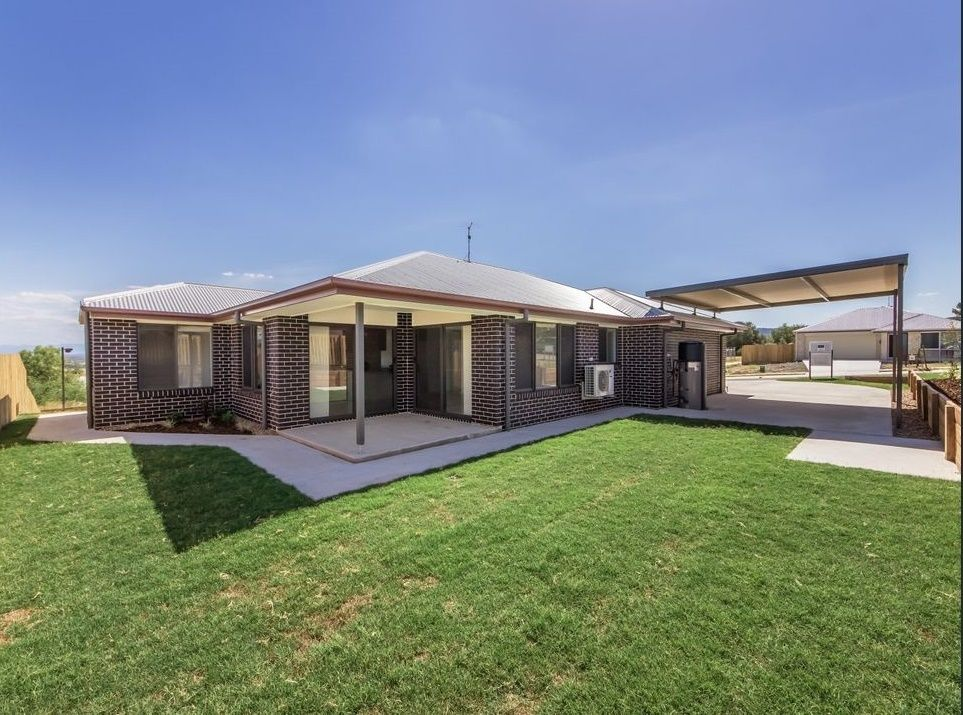 12 Vista Cres, Rosewood QLD 4340, Image 1