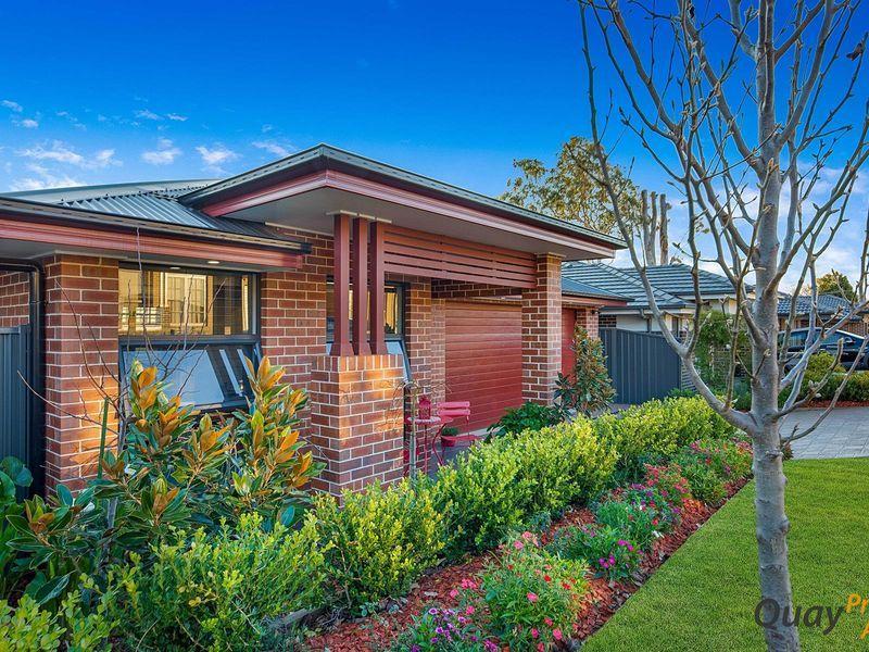 8 Winn Grove, Camden NSW 2570, Image 2