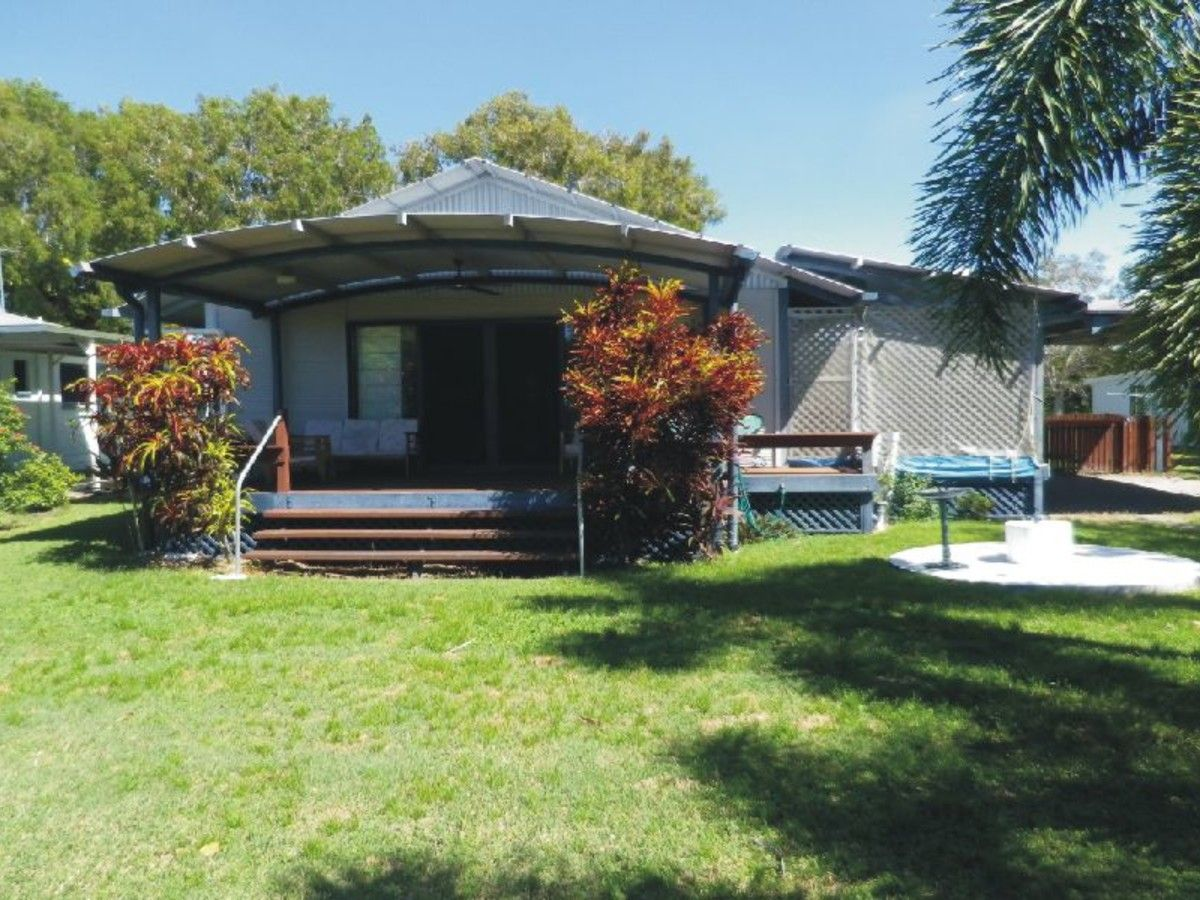 4 Dolphin Crescent, Taylors Beach QLD 4850, Image 0