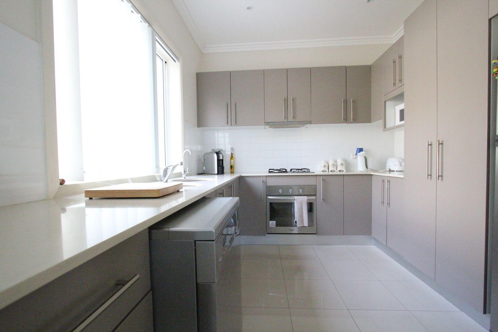 2A Harraden Drive, West Hoxton NSW 2171, Image 1