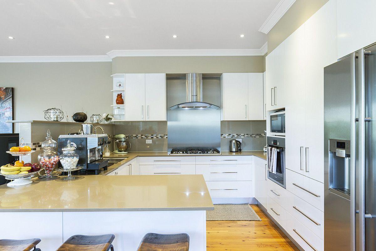 68 Burns Road, Springwood NSW 2777, Image 1