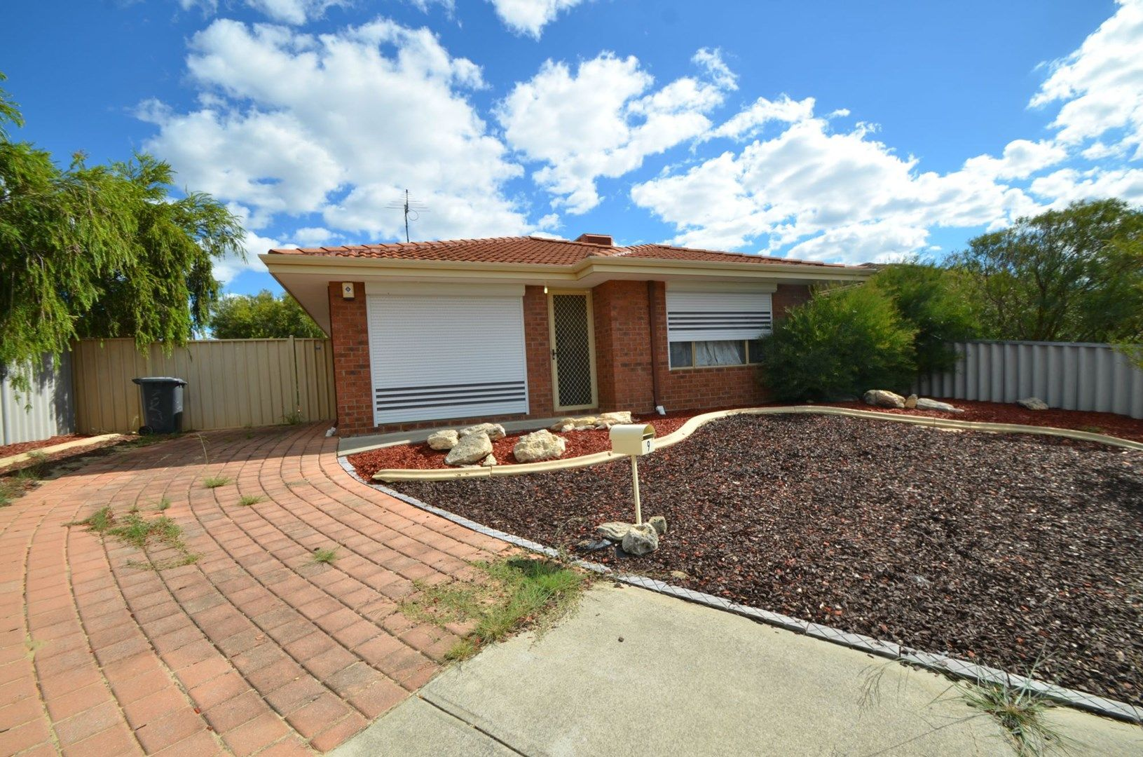 9 Mulline Court, Maddington WA 6109, Image 0
