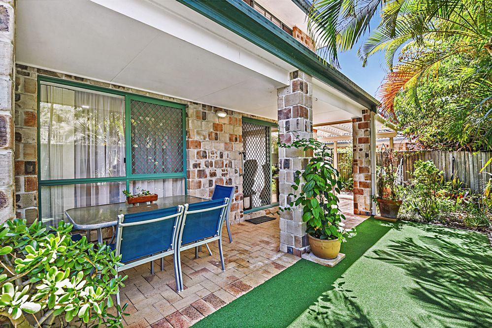 6 Thyme Court, Runaway Bay QLD 4216, Image 1