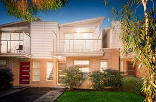 2/8 Pine Crescent, Boronia VIC 3155