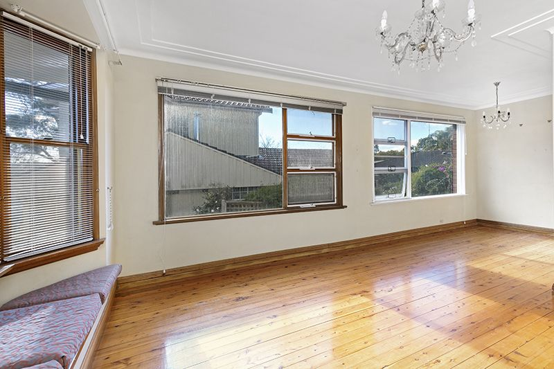 22 Alkoomie Ave, Forestville NSW 2087, Image 1