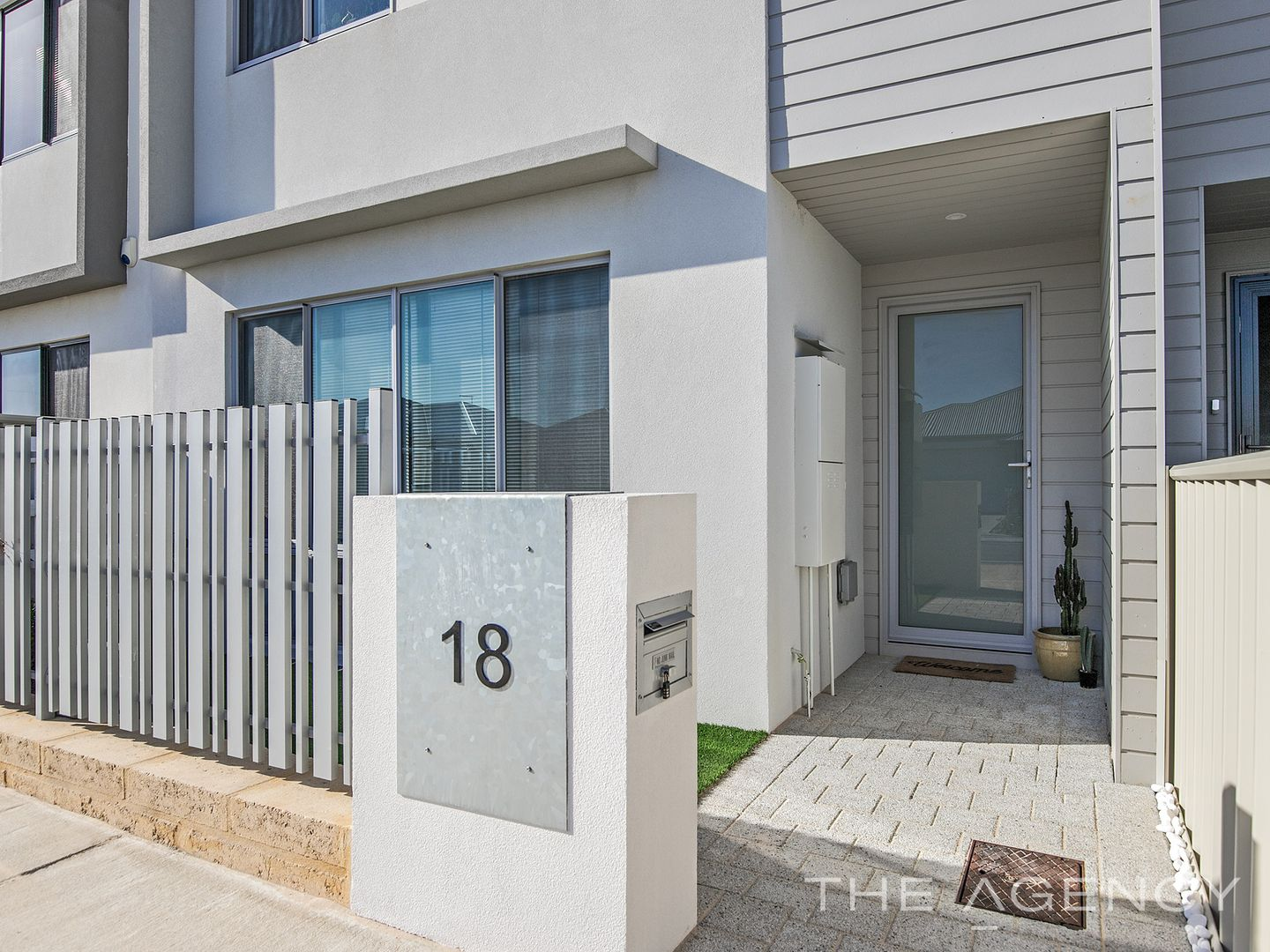 18 Ginrock Way, Golden Bay WA 6174, Image 0