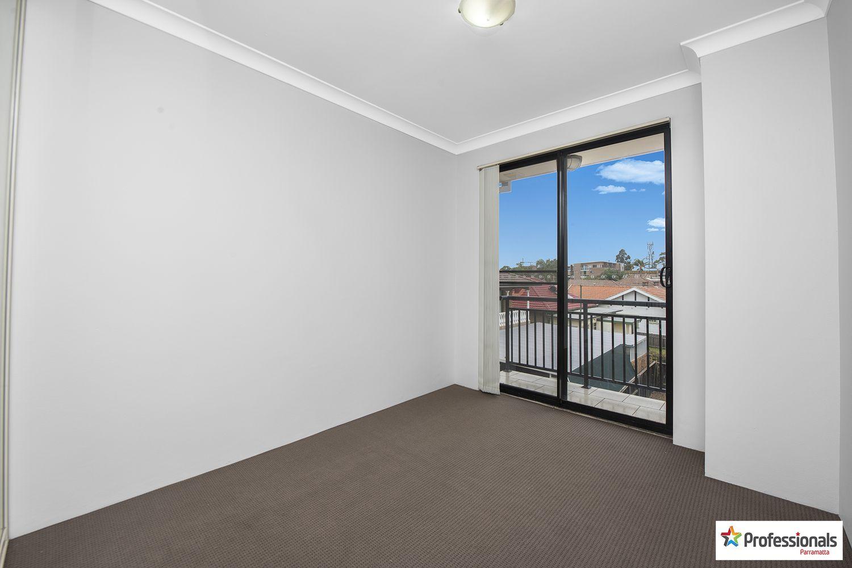 4/72 Mountford Avenue, Guildford NSW 2161, Image 2
