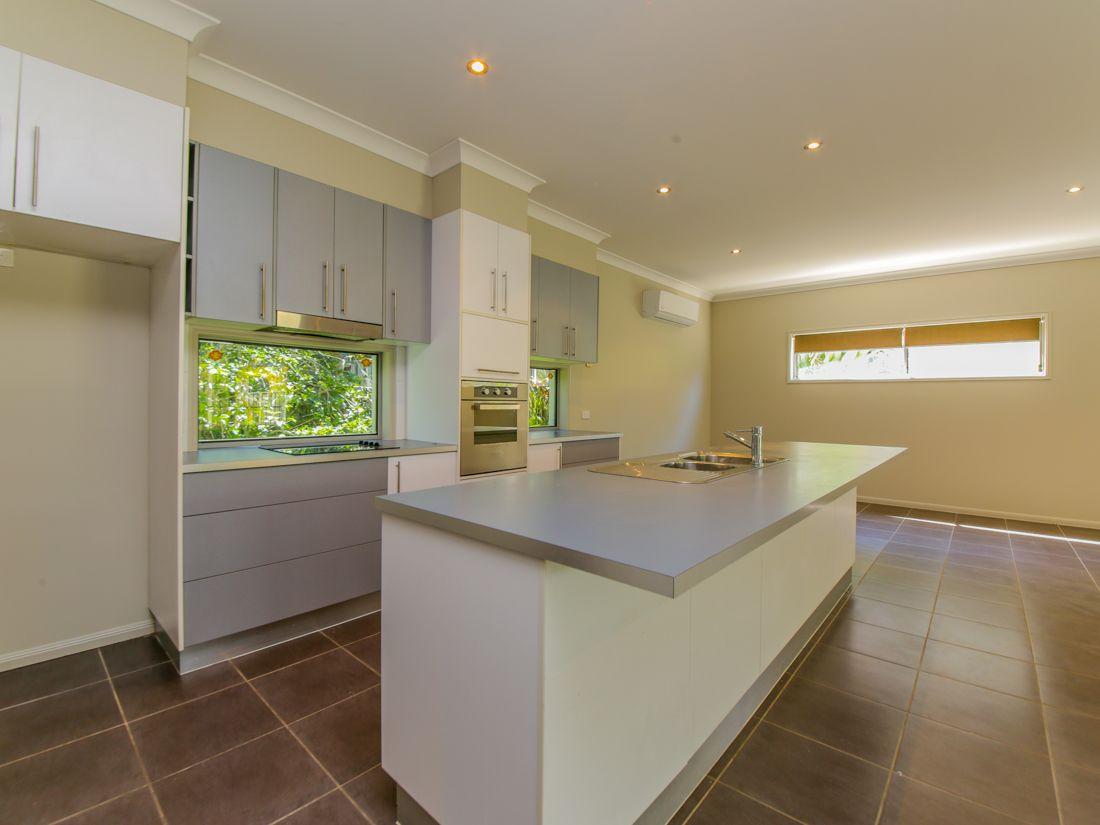 17 Bishopwood Court, Upper Coomera QLD 4209, Image 1