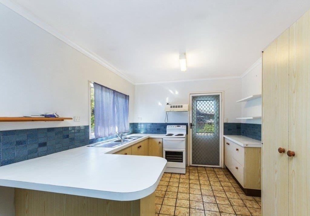 56 Calala Drive, Strathpine QLD 4500, Image 2