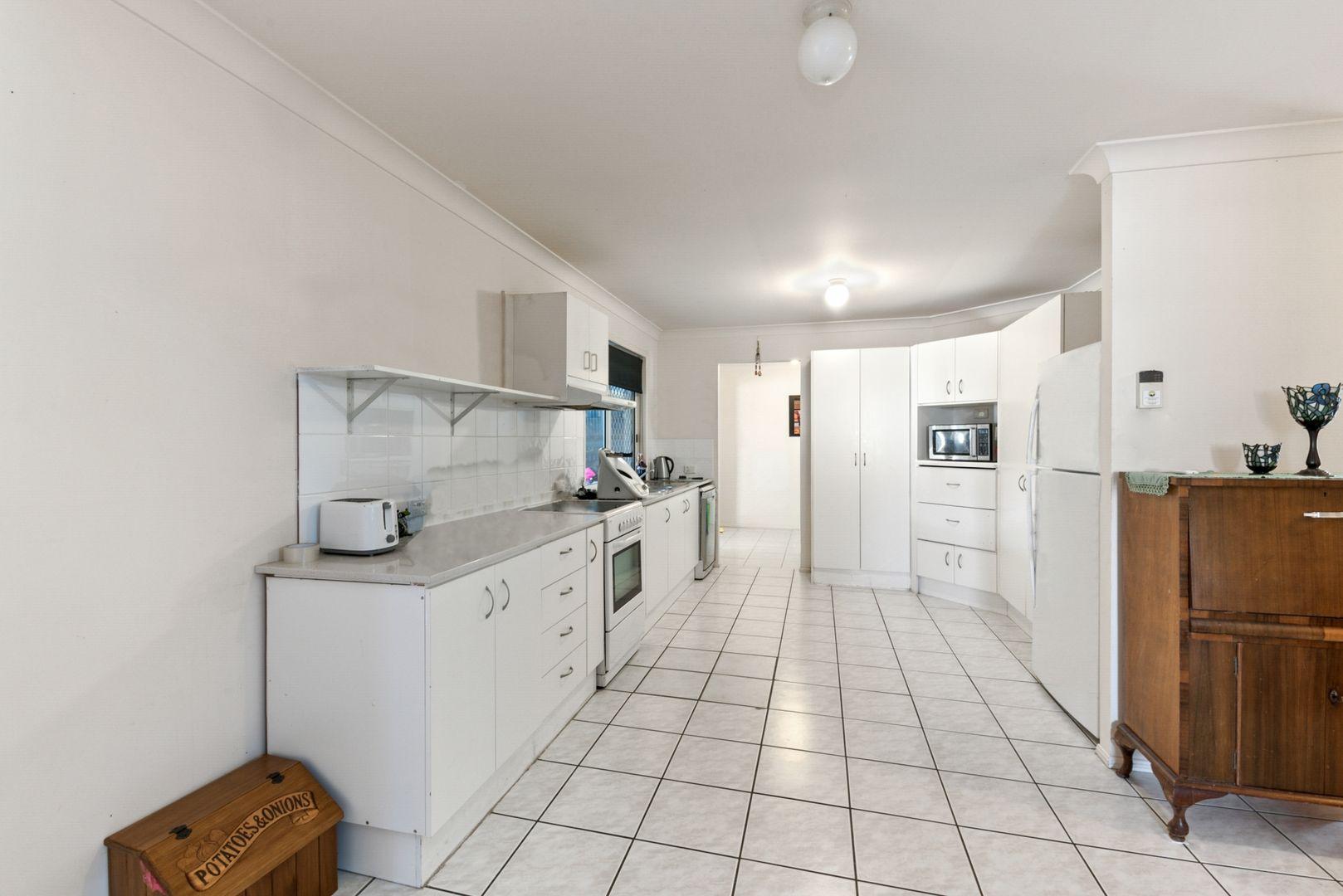 25 Kevin Street, Deception Bay QLD 4508, Image 2