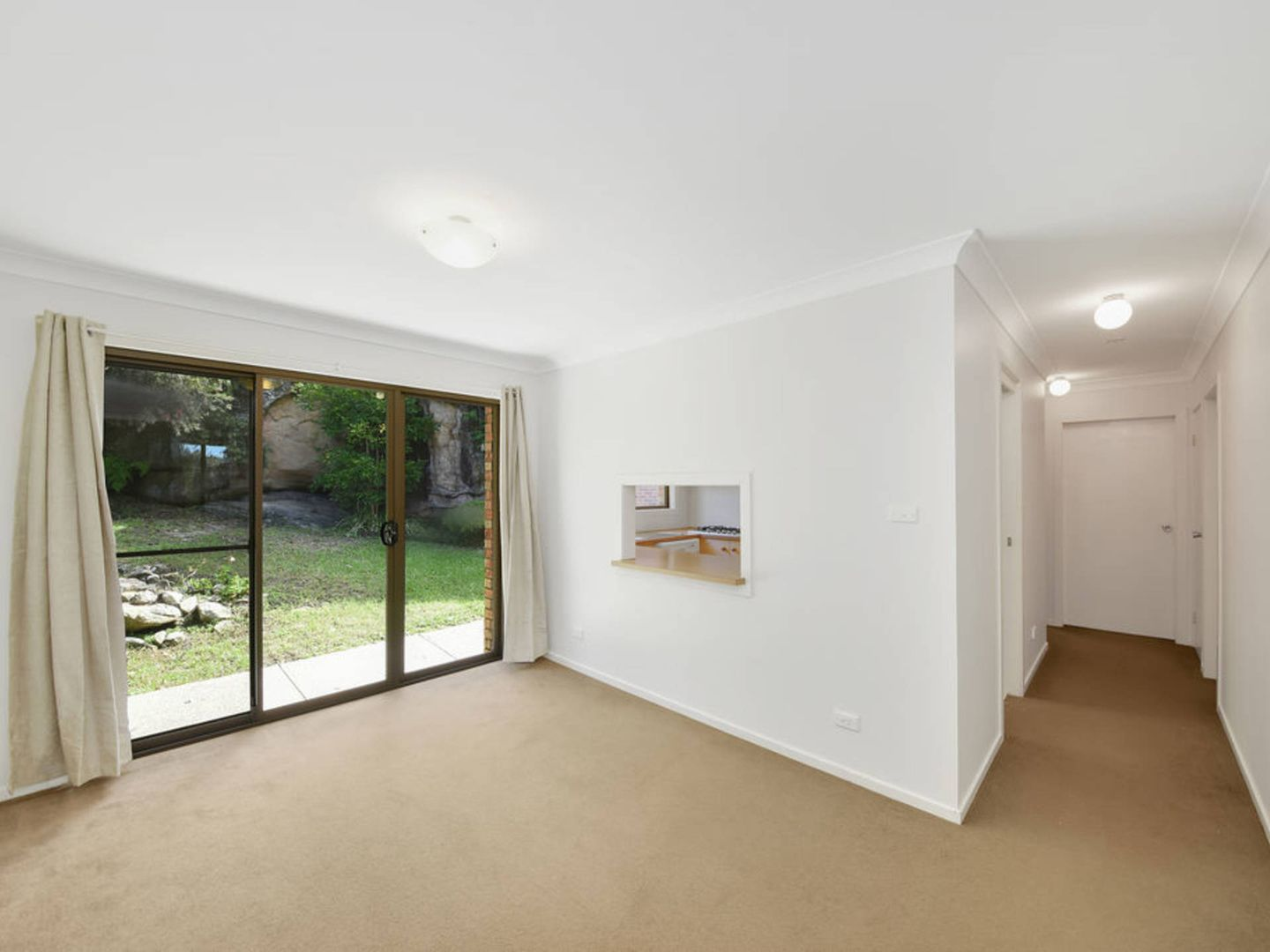 2/65 King Road, Hornsby NSW 2077, Image 2