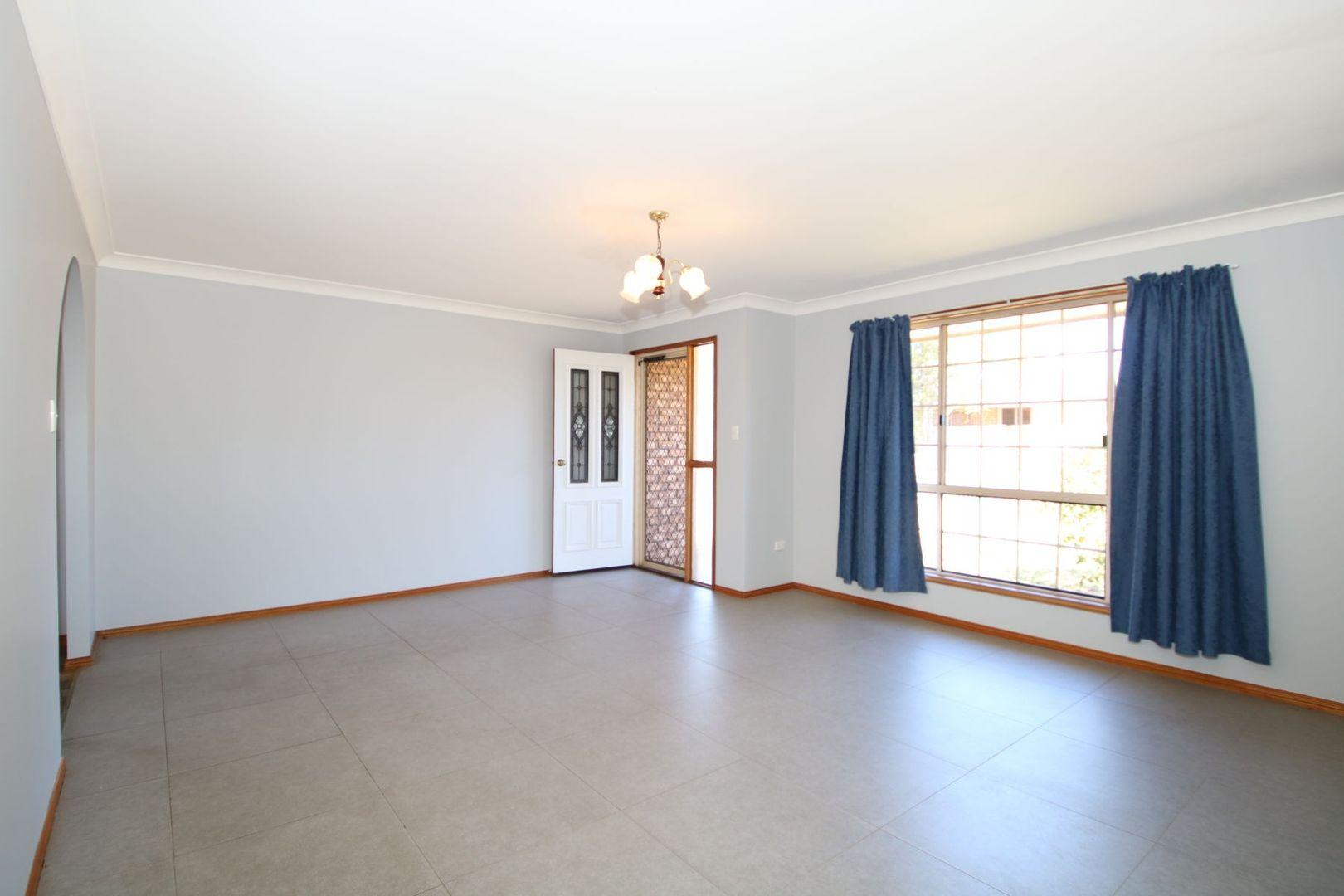 1/16 Drewery Street, Wilsonton QLD 4350, Image 1