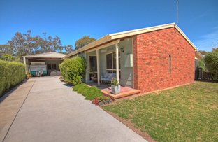 Picture of 33 Sixth Ave, Raymond Island VIC 3880