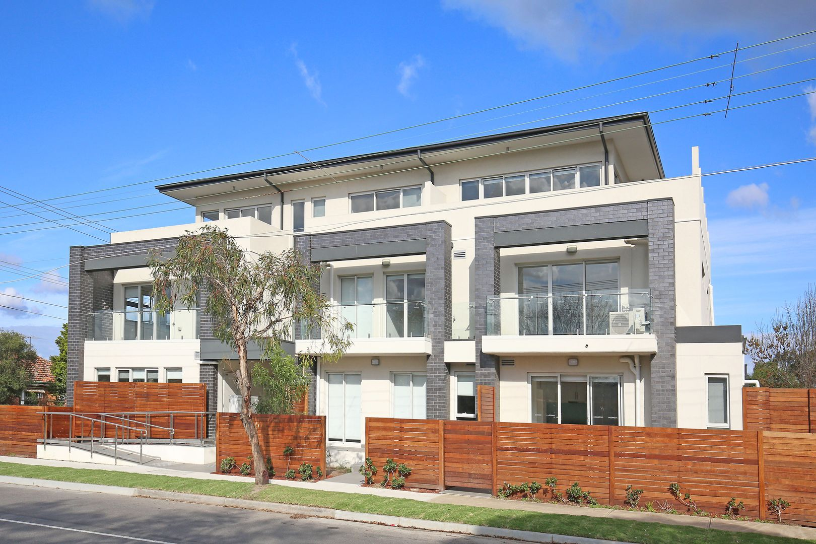 5/299-305 Victoria Road, Thornbury VIC 3071, Image 0