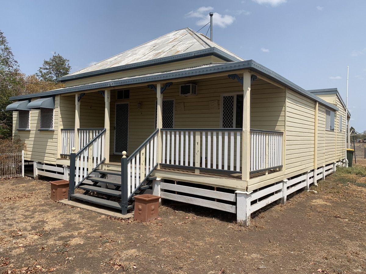 31 Owen Street East, Dalby QLD 4405, Image 1