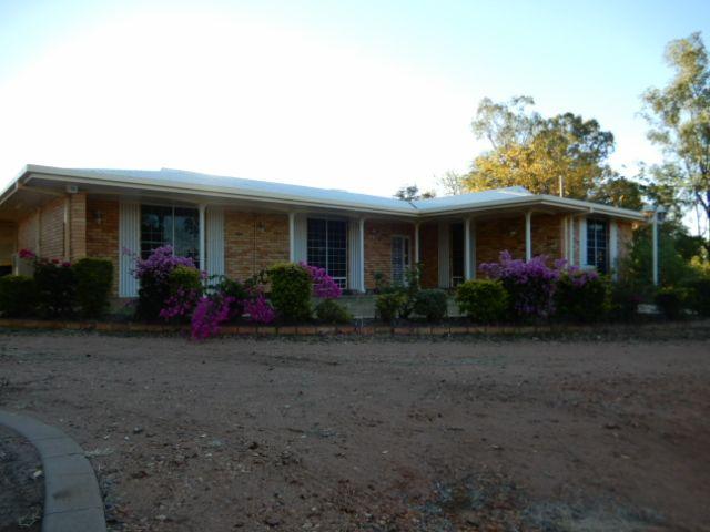 8 Kythera Road, Emerald QLD 4720, Image 0