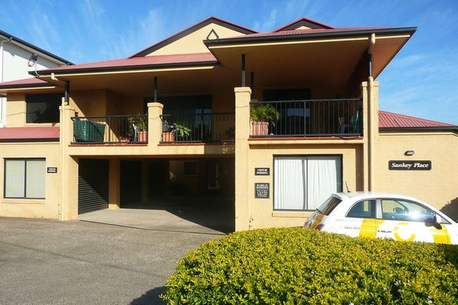 Picture of 3/30 Sankey Street, CARINA QLD 4152