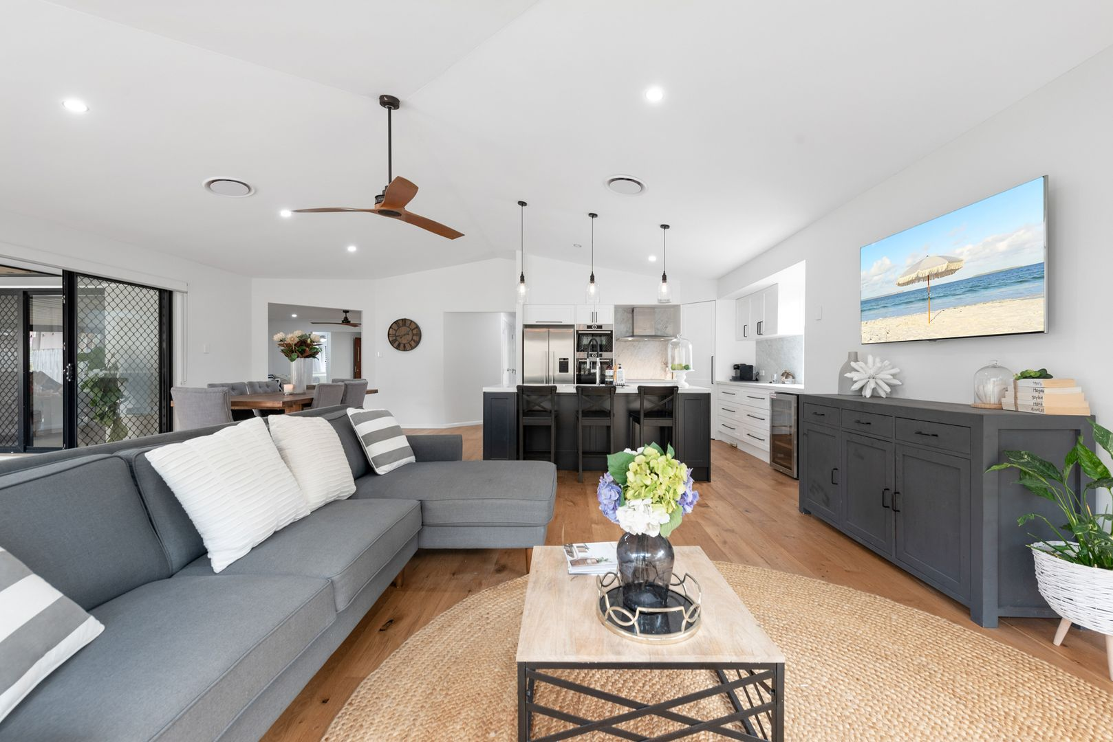 20 Kenilworth Place, Carindale QLD 4152, Image 1