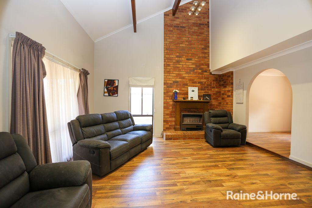 14 Tareena Avenue, Kelso NSW 2795, Image 0
