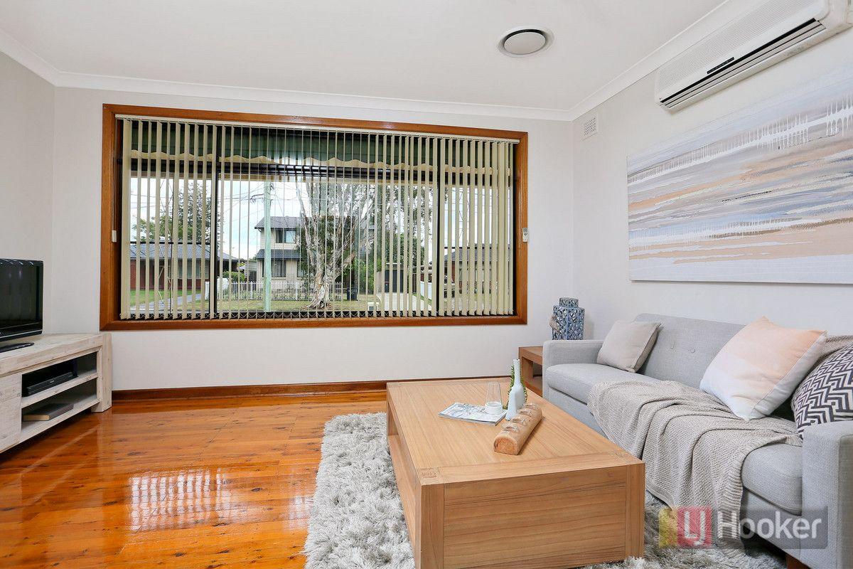 6 Lennox Street, Colyton NSW 2760, Image 2