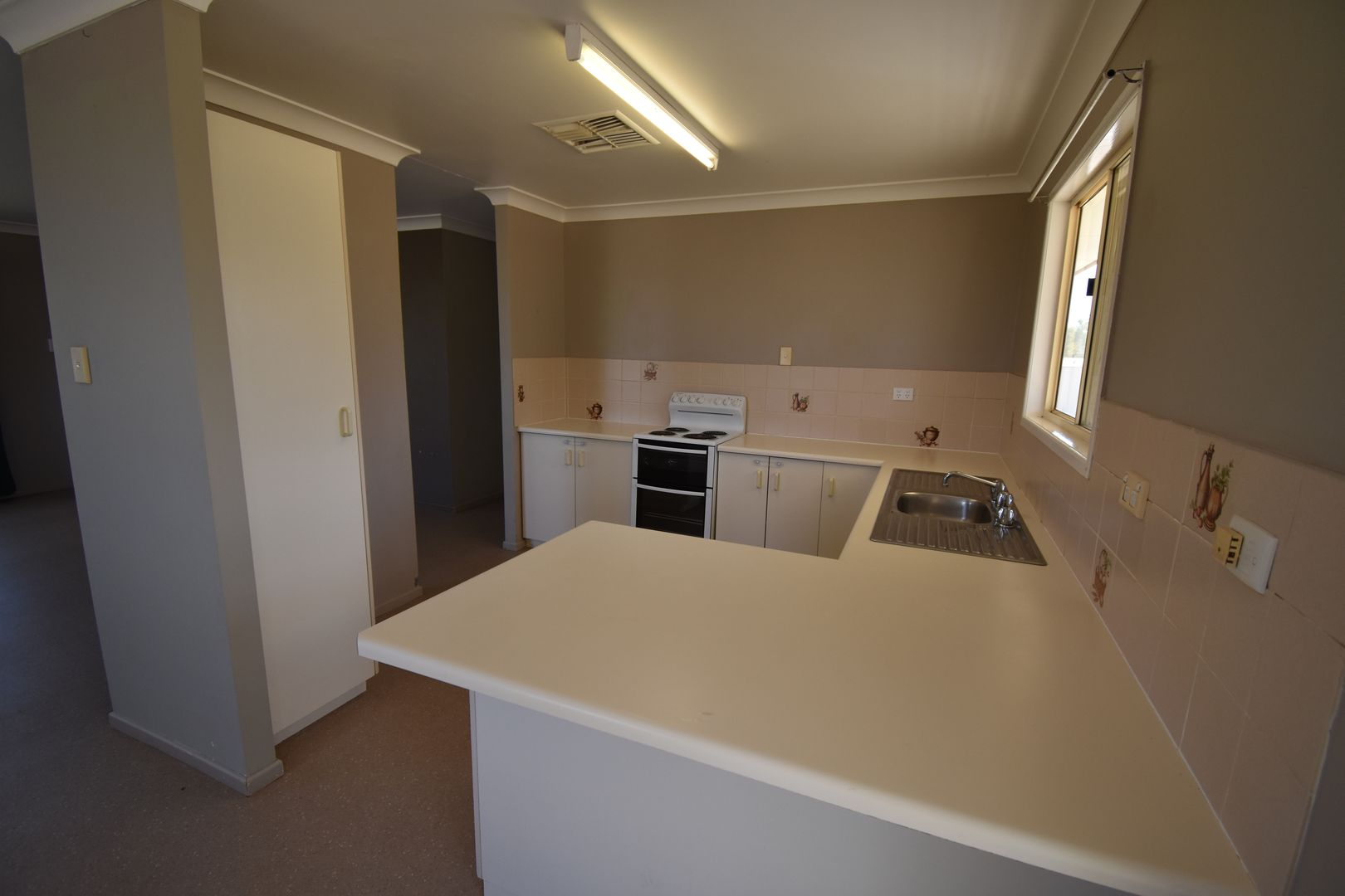 13-15 Mitchell Street, Ilfracombe QLD 4727, Image 0