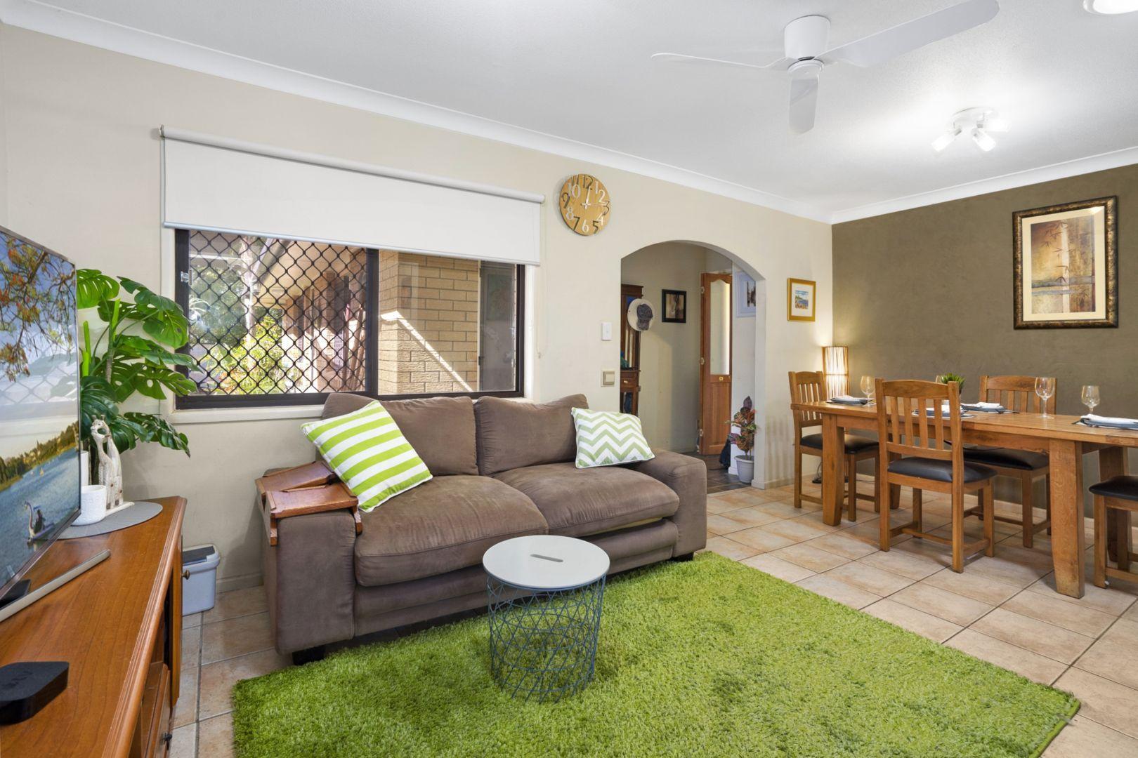 9 Vinca Street, Runcorn QLD 4113, Image 2