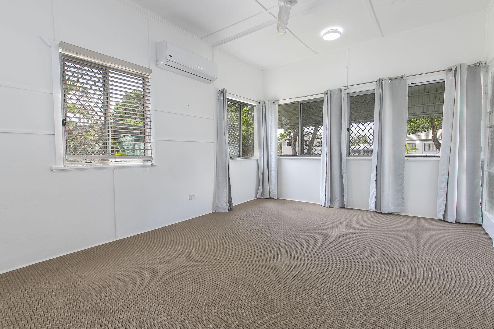 20 Norris Street, Hermit Park QLD 4812, Image 2