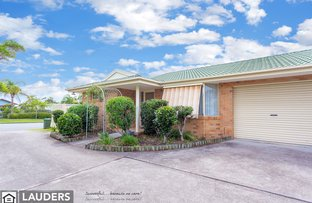 Picture of 1/76 Old Bar Road, Old Bar NSW 2430