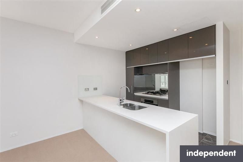 111/11 Trevillian QUAY, Kingston ACT 2604, Image 2