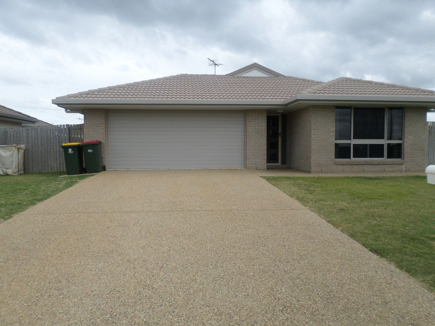 10 Tippett Crescent, Gracemere QLD 4702, Image 0