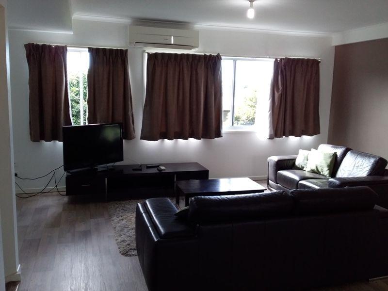 2/4 Rossella Street, West Gladstone QLD 4680, Image 0
