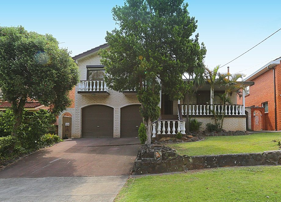 30 Surrey Avenue, Georges Hall NSW 2198, Image 0