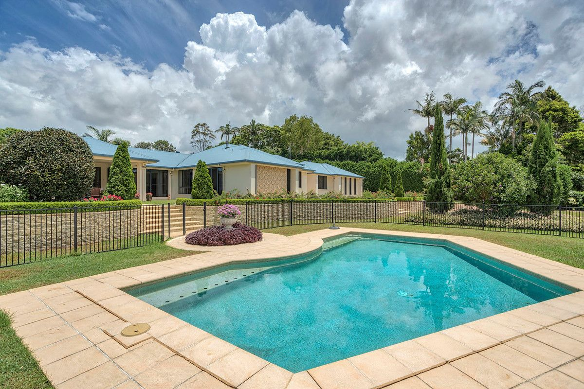 12 Glen Eden Court, Flaxton QLD 4560, Image 2