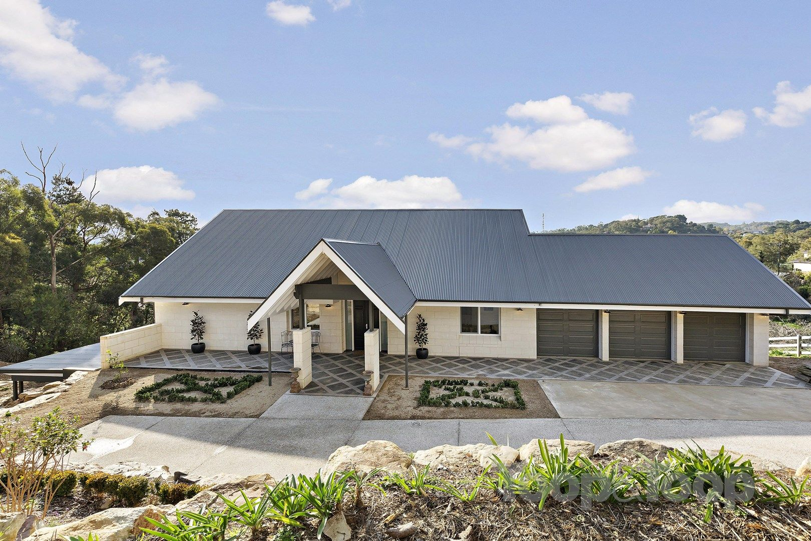 28 Hill Street, Crafers West SA 5152, Image 1