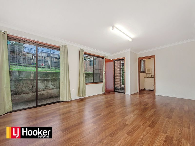 5 Mirrabooka Road, Lake Heights NSW 2502, Image 2