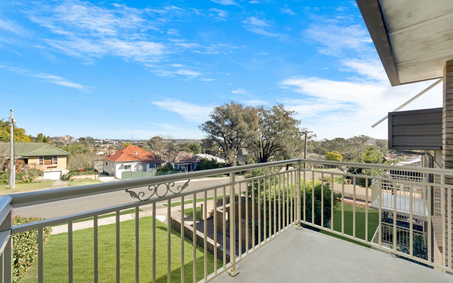 13/20-30 Condamine Street, Campbelltown NSW 2560, Image 2