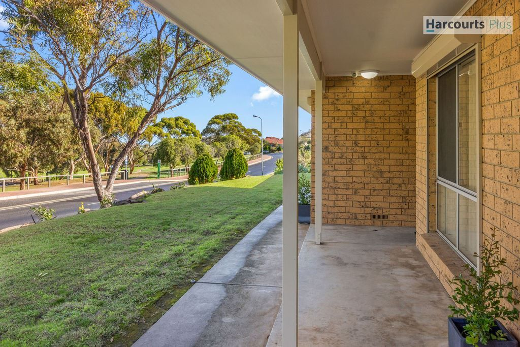 18 Medway Street, Hallett Cove SA 5158, Image 1