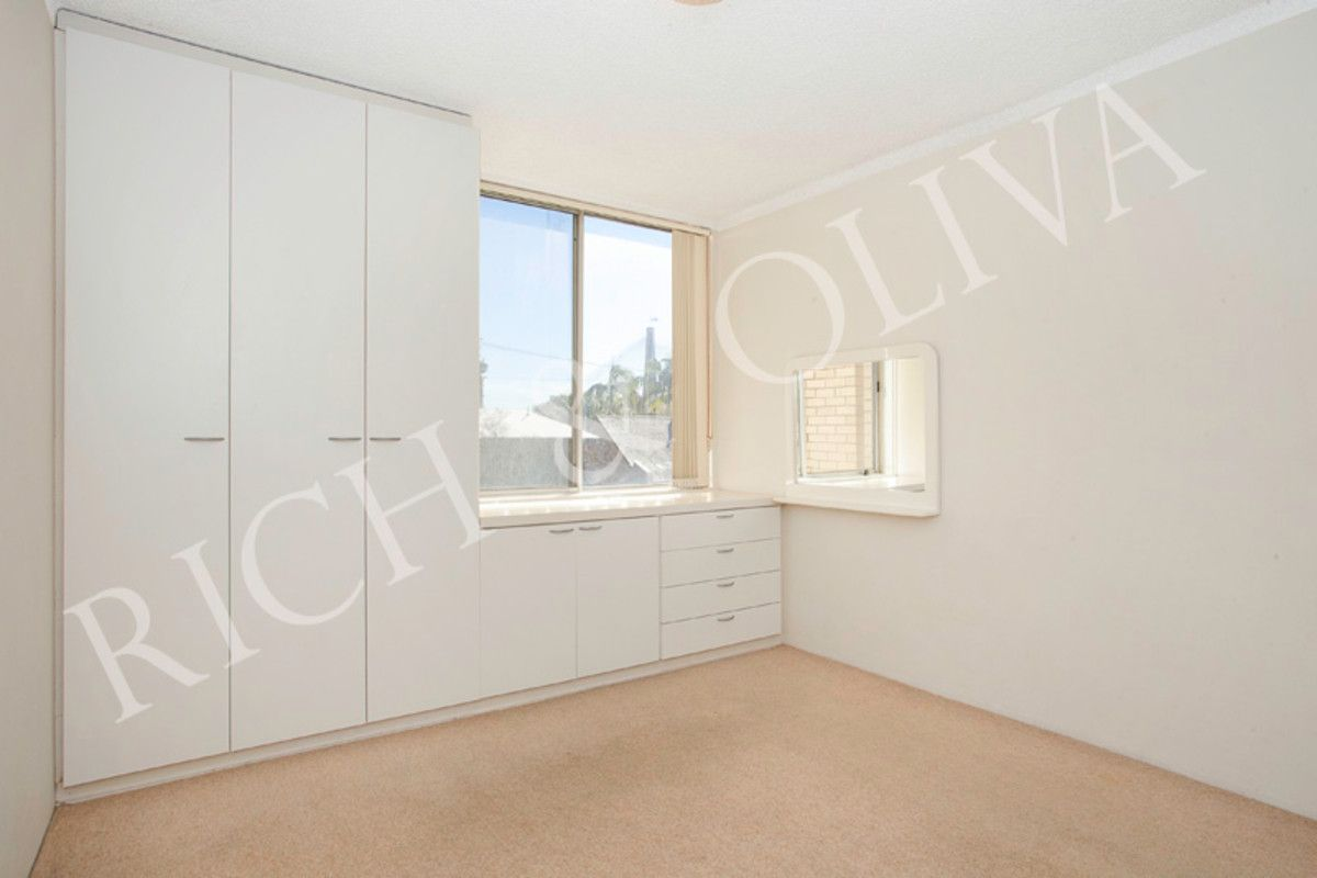 9/9a Cook Street, Glebe NSW 2037, Image 2