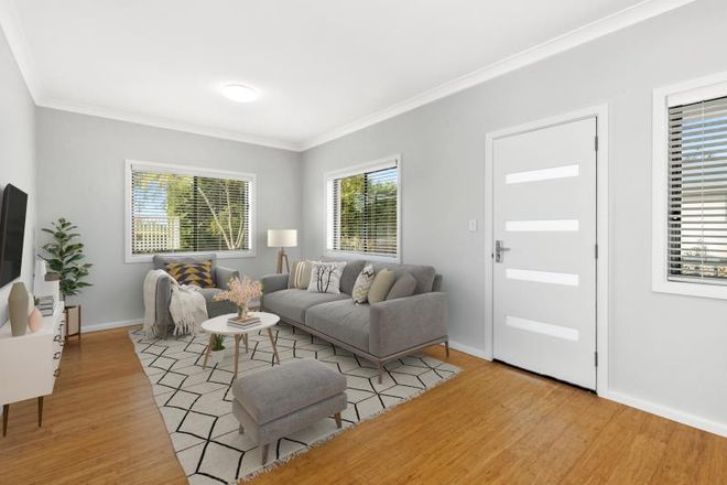 Picture of 51a Redman Road, DEE WHY NSW 2099