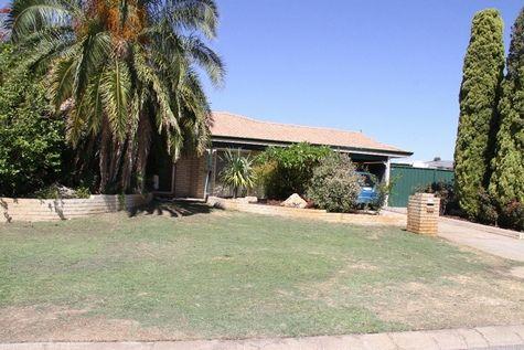 105 Meadowview Drive, Ballajura WA 6066, Image 2