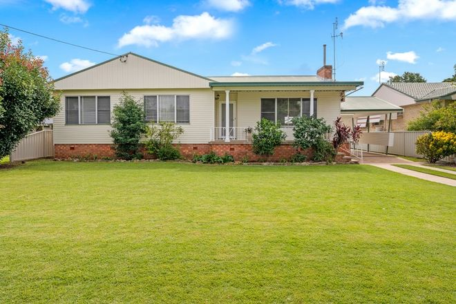 Picture of 11 Pelerin Avenue, SINGLETON NSW 2330